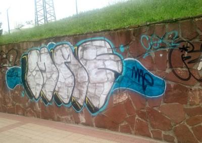 graffitis-limpieza-pintadas-paredes-fachadas-limpiezas-dynamica-markina-xemein-01